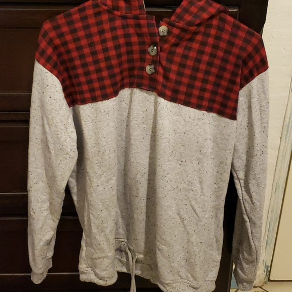 Maurices Tops - Maurice's checkered print plaid & Gray Hoodie
